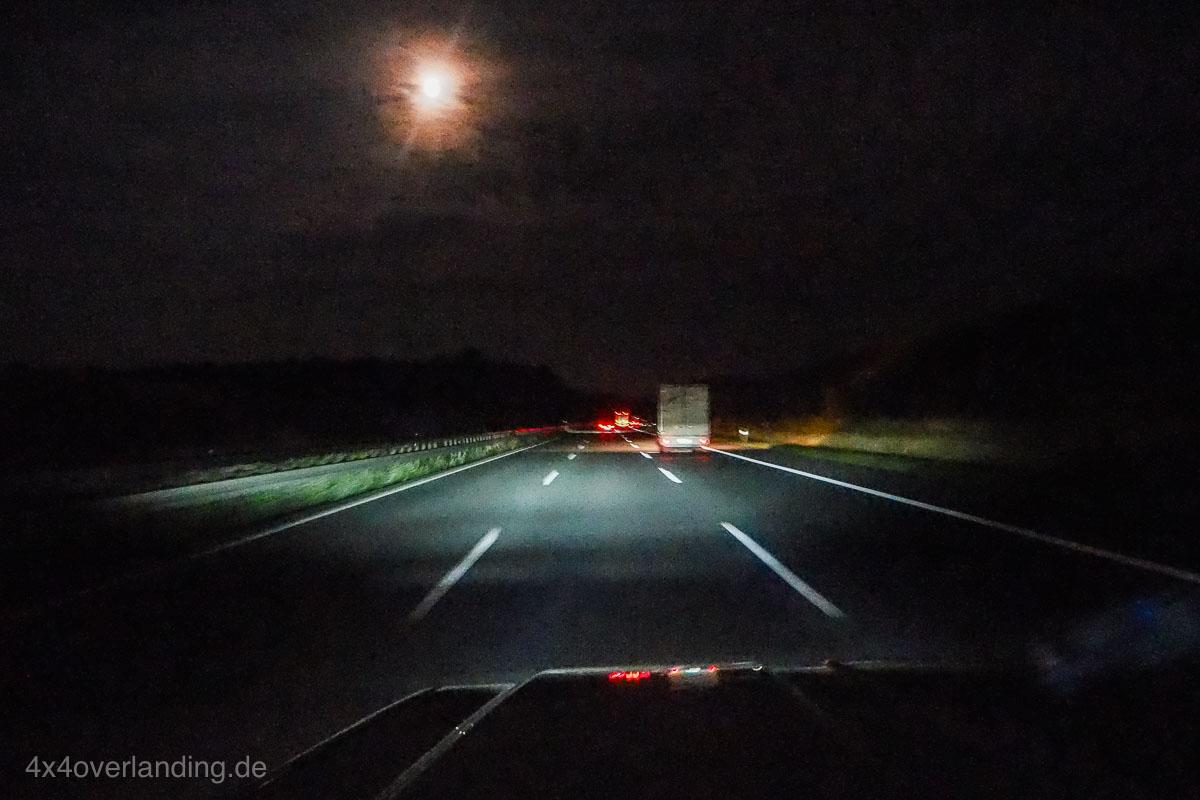 truck_light_LED_Headlamp_frontscheinwerfer_H4_7_rund-6300068